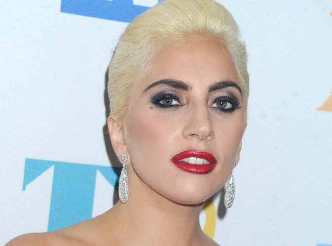 Lady Gaga casse sa tirelire pour aider les victimes du séisme qui a frappé l'Italie