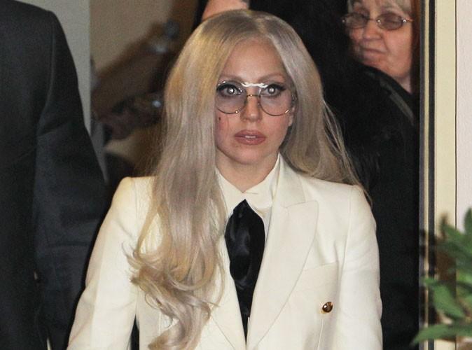 Lady Gaga : elle s'est recueillie dans la maison d'Amy Winehouse !