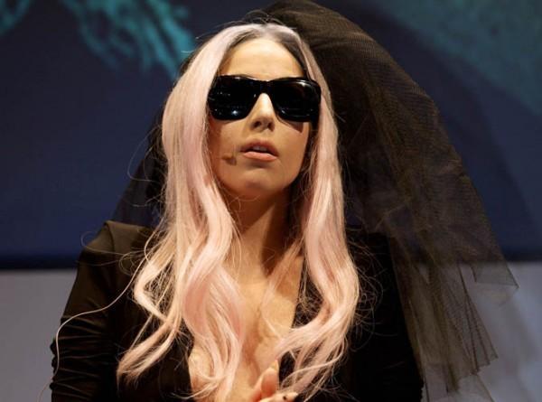 "Lady Gaga : ""Je serai toujours célibataire"""