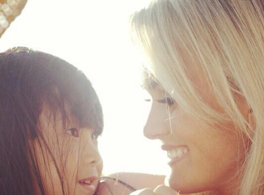 Laeticia Hallyday : sa fille Jade, un ange qui lui donne des ailes !
