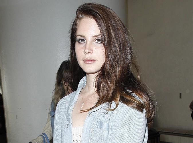 """Lana Del Rey : """"J'aimerais être déjà morte""""… la chanteuse fait part de son mal-être !"""