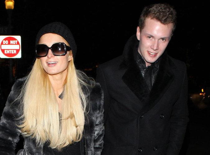 Le petit frère de Paris Hilton échappe de peu à la prison mais pas à la rehab !