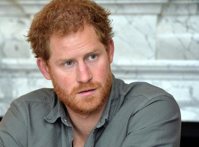 """Le prince Harry se confie sur Lady Di : """"Il doit lui tarder de me voir avoir des enfants"""""""