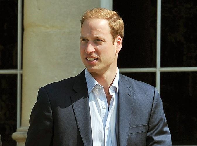 Le prince William : il a fêté ses 29 ans... au travail !