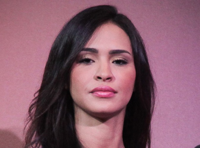 Leila Ben Khalifa : #LeilaDegage et doigt d'honneur, rien ne va plus !