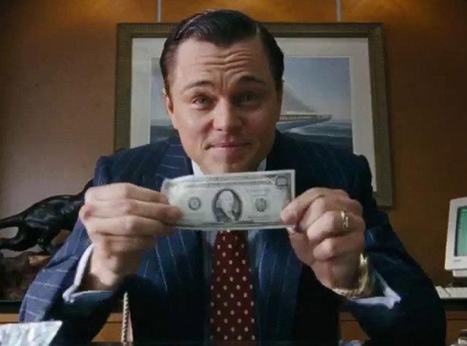 """Leonardo DiCaprio soupçonné par le FBI d'avoir détourné """"des centaines de millions de dollars"""" !"""