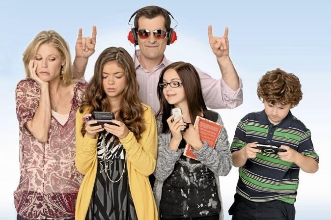 Modern Family, saison 1 sur M6. La famille recomposée la plus déjantée de la télé déboule ! MDR !