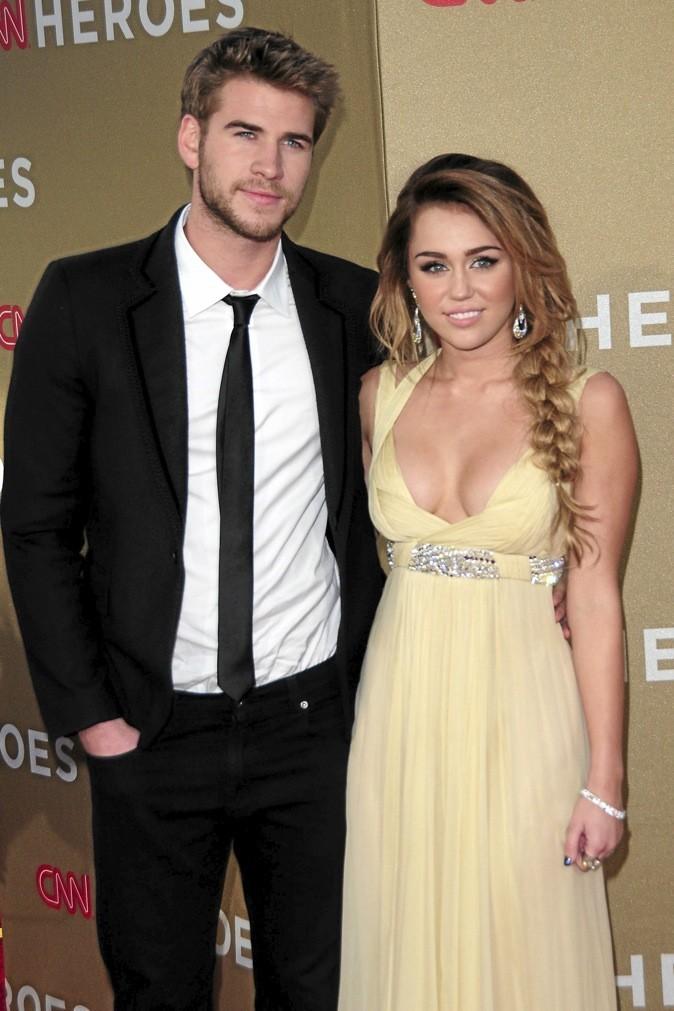Miley Cyrus et Liam Hemsworth, en couple depuis juin 2009 !