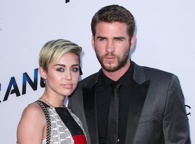 """Liam Hemsworth : non """"il n'est pas fiancé"""" avec Miley Cyrus !"""