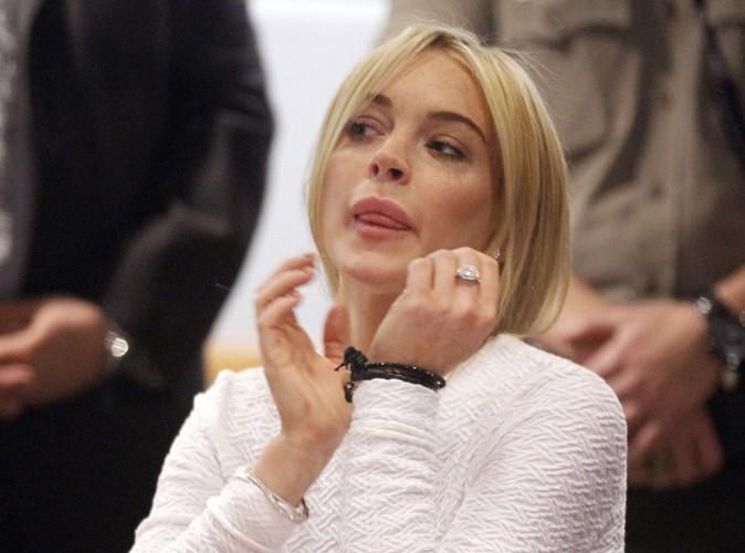 Lindsay Lohan arrête de boire ! Pour un soir en tout cas…