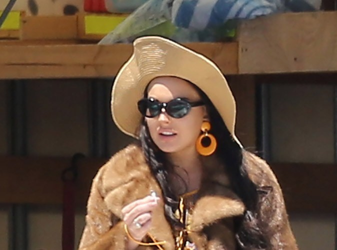 """Lindsay Lohan : """"elle souffre d'épuisement et de déshydratation"""""""