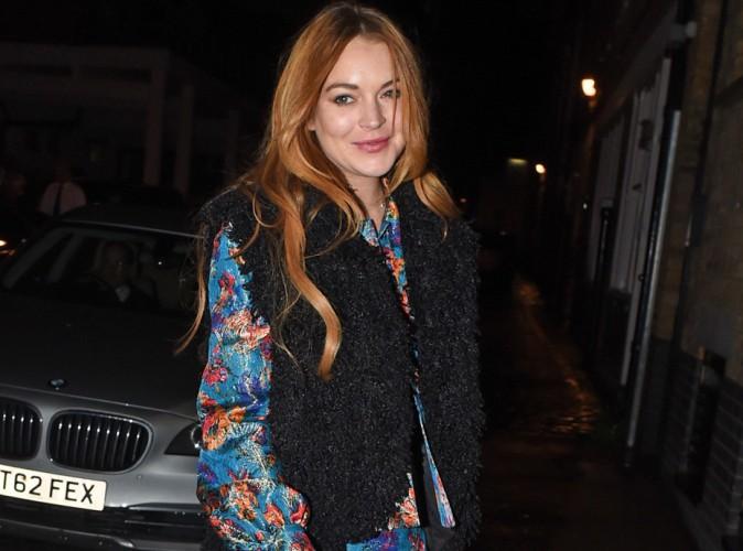Lindsay Lohan : la pro des accidents de voiture dans une pub pour... une compagnie d'assurance !