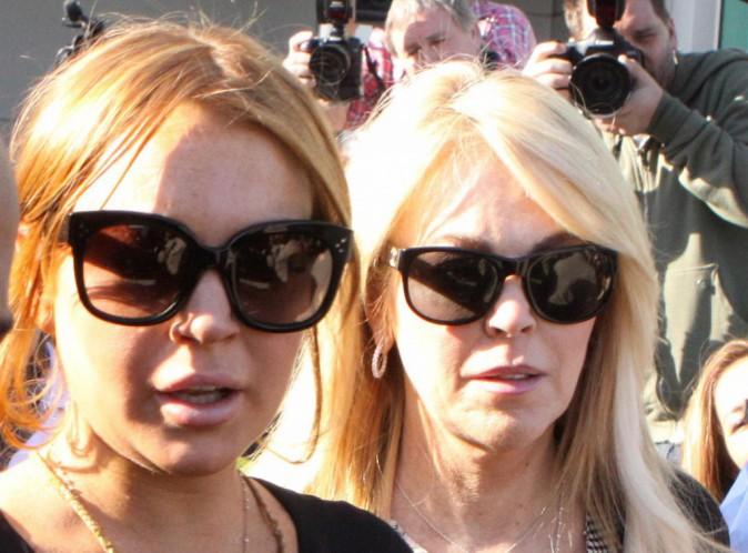 Lindsay Lohan : sa mère se retrouve devant le juge !