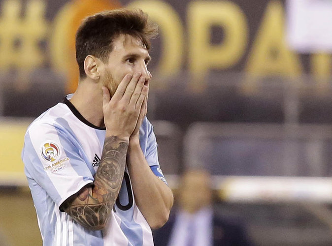 Lionel Messi condamné à 21 mois de prison...