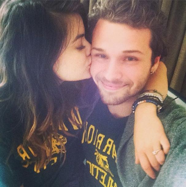 Lucy Hale : fiancée ? La rumeur enfle sur Instagram !