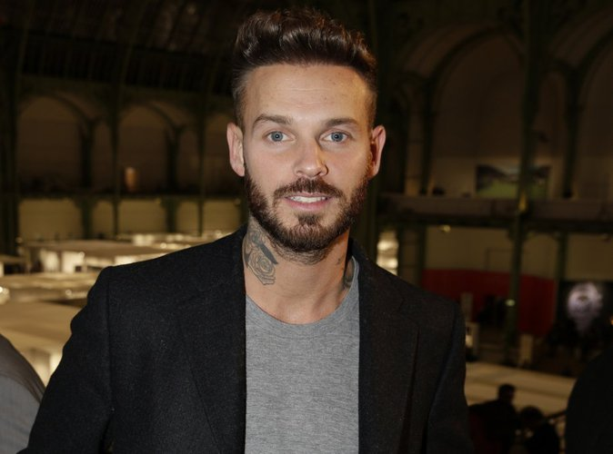 m pokora il se fait retirer son tatouage au cou dans la douleur. Black Bedroom Furniture Sets. Home Design Ideas