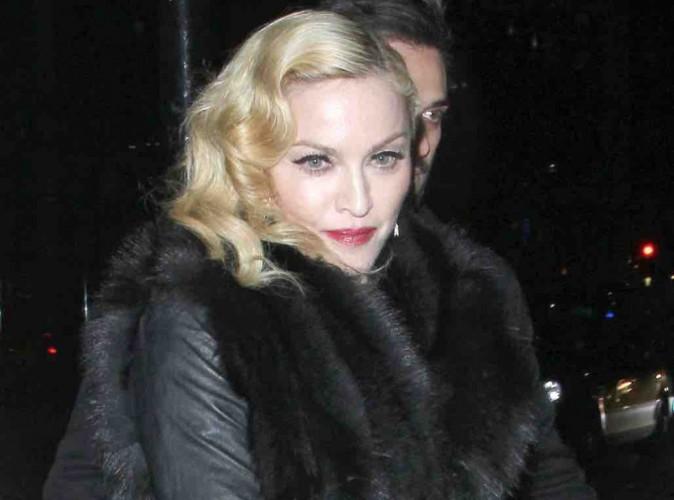 Madonna : après avoir embrassé Drake, elle se moque de lui et balance qu'il l'a suppliée !