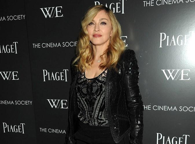 Madonna : elle amène sa propre bouteille au resto !