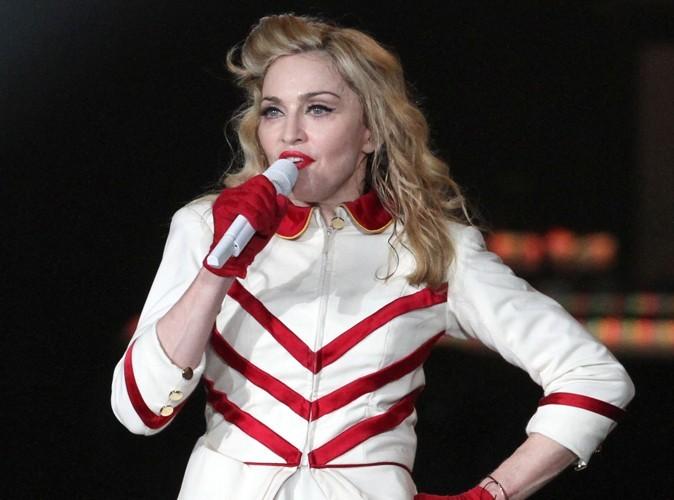 Madonna : huée en plein concert à cause de son soutien à Obama !
