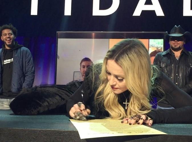 Madonna : sa pose pour Tidal moquée sur la toile !