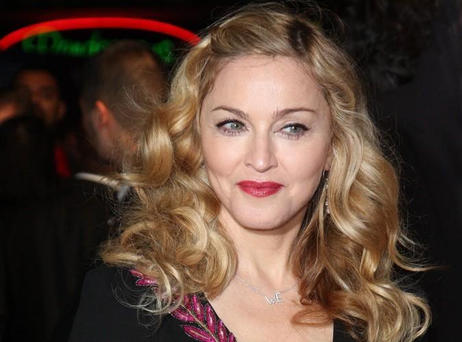 Madonna : son frère sans-abri balance sur elle !
