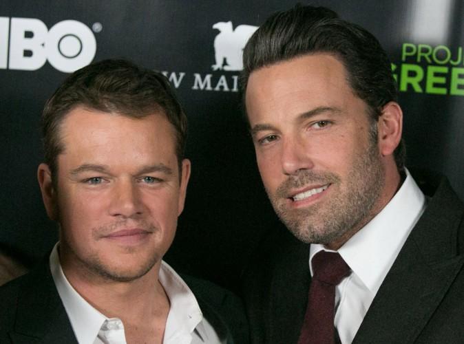 Mais que fait Matt Damon avec le pénis de Ben Affleck ?