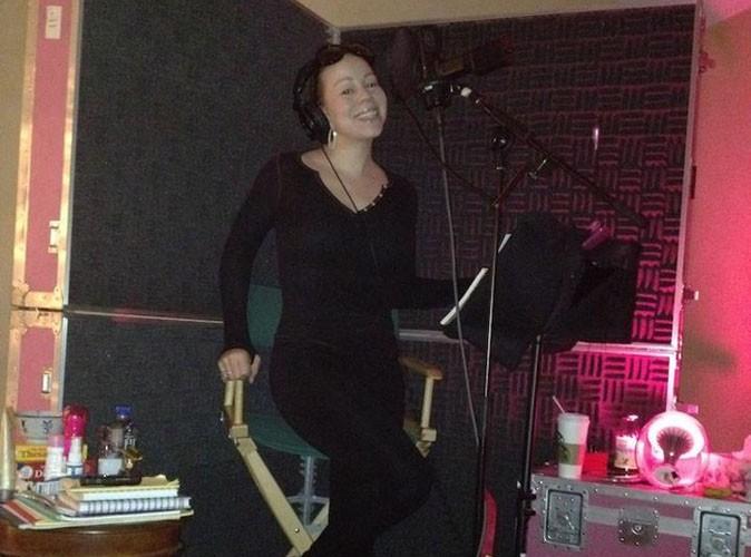 Mariah Carey : tout sourire en plein studio, elle continue de peaufiner son prochain opus !