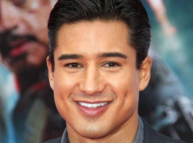 Mario Lopez : le présentateur ultra-hot vient de se marier !