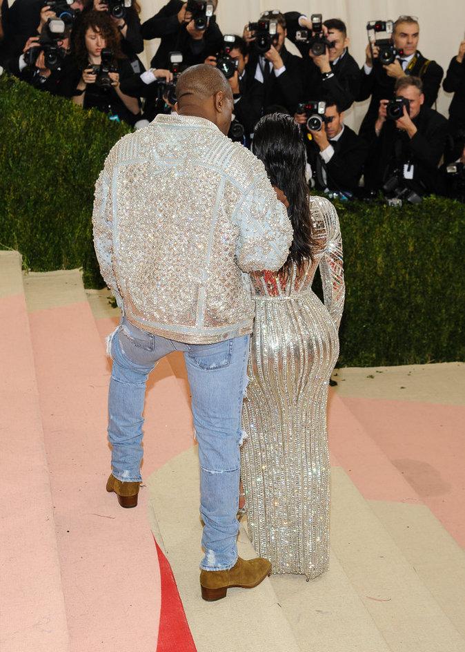 Met Gala 2016 : Kim Kardashian et Kanye West Metropolitan Museum of Art à New York