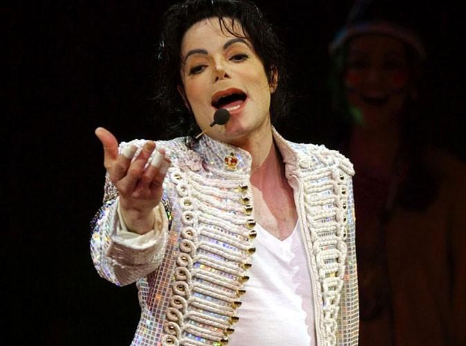 """Michael Jackson : ses fans français indemnisés pour """"préjudice affectif"""" !"""