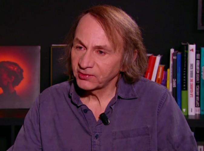 Michel Houellebecq : l'écrivain polémique en larmes face à Antoine de Caunes...