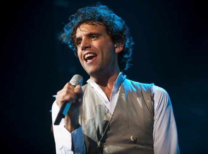 Mika : découvrez d'urgence son nouveau tube…en français !