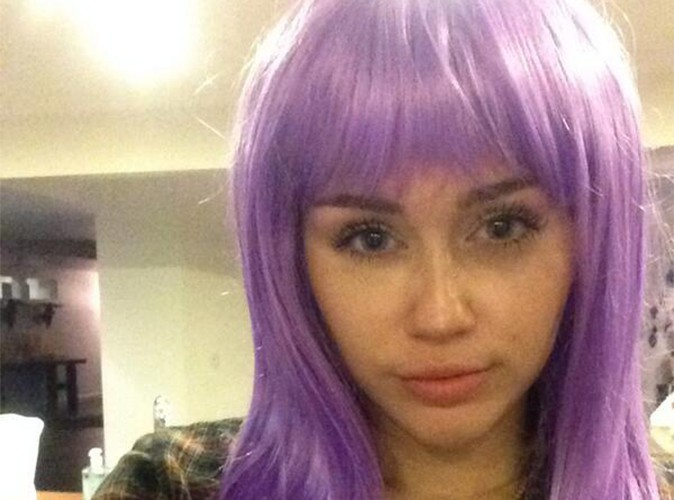 Miley Cyrus : aurait-elle décidé de passer aux cheveux violets ?