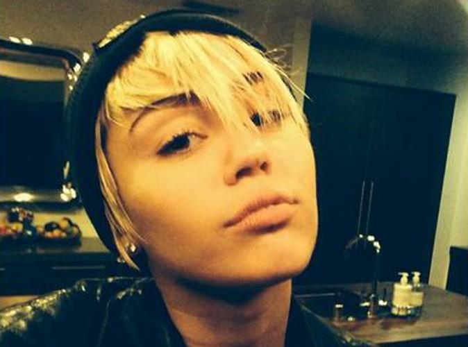 Miley Cyrus : cambriolage et retour aux sourcils foncés pour son 21ème anniversaire !