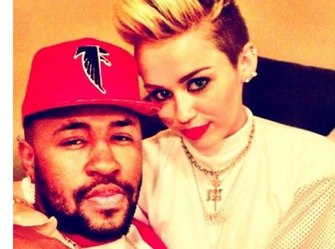 Miley Cyrus : elle serait bien en couple avec son producteur !