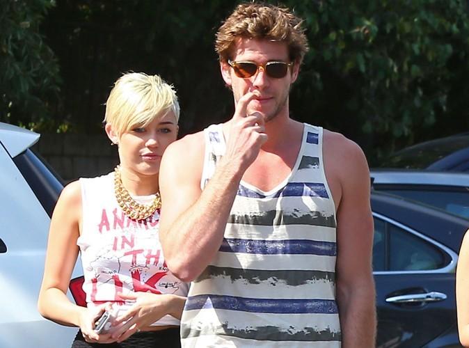 """Miley Cyrus et Liam Hemsworth : """"Leur relation est très compliquée"""" !"""