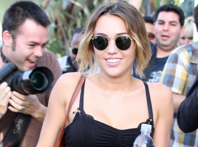 """Miley Cyrus : """"Je ne suis pas anorexique"""" !"""