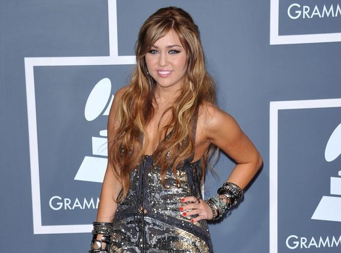 Miley Cyrus : La folie des tatouages s'est emparée d'elle !