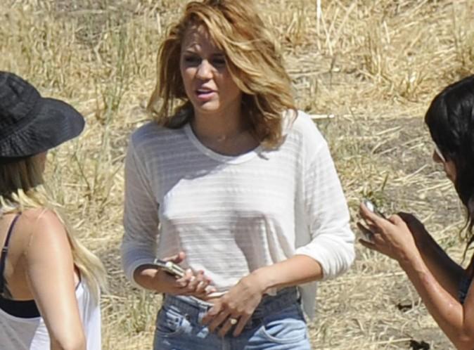 Miley Cyrus : la photos de sa bague de fiançailles enfin dévoilée...