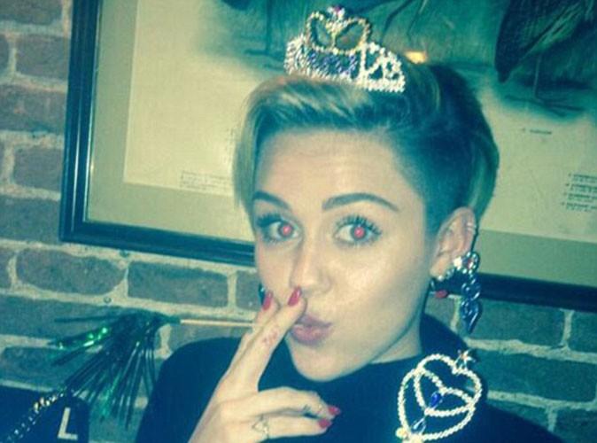 Miley Cyrus : la starlette célibataire compte fêter ses 21 ans avec provocation... En compagnie de son ex Liam Hemsworth !