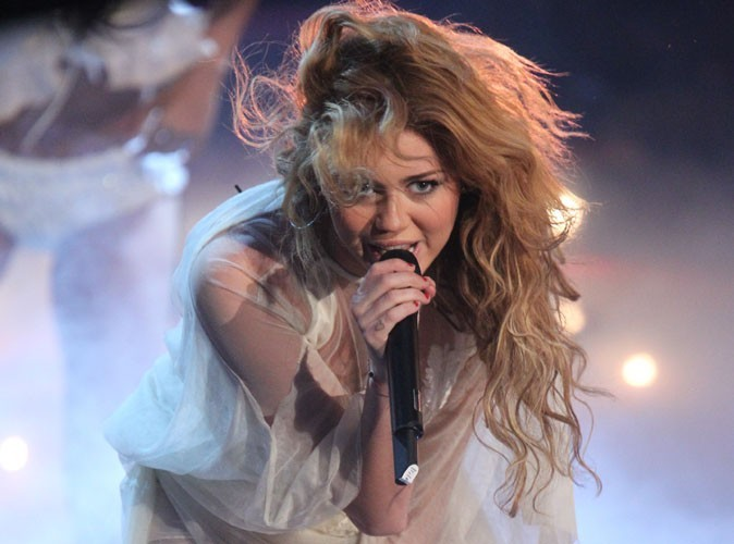 Miley Cyrus veut essayer de redevenir amie avec un million de personnes !