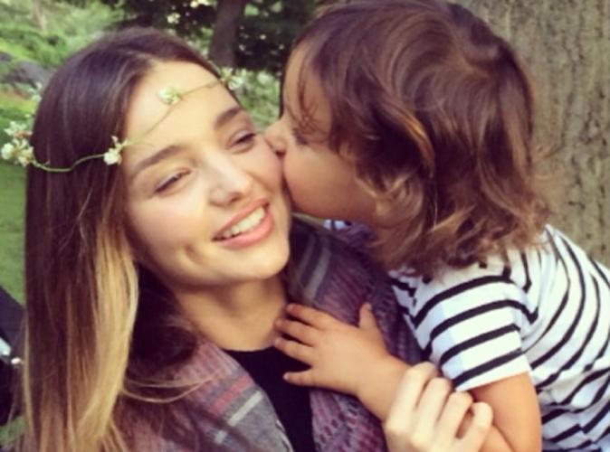 Miranda Kerr : pause champètre avec son fils Flynn !