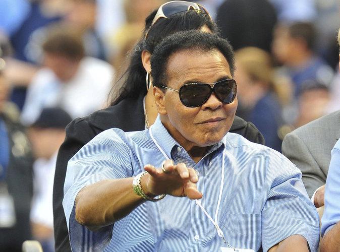 Mohamed Ali : L'icône de la boxe hospitalisée !