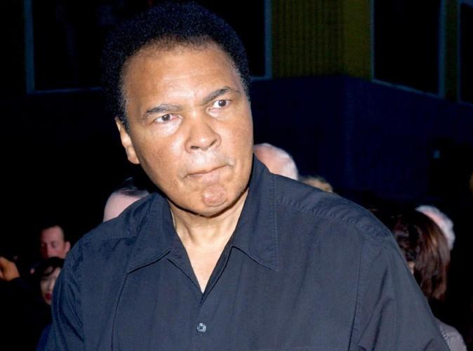 Mohamed Ali : la légende de la boxe hospitalisée...
