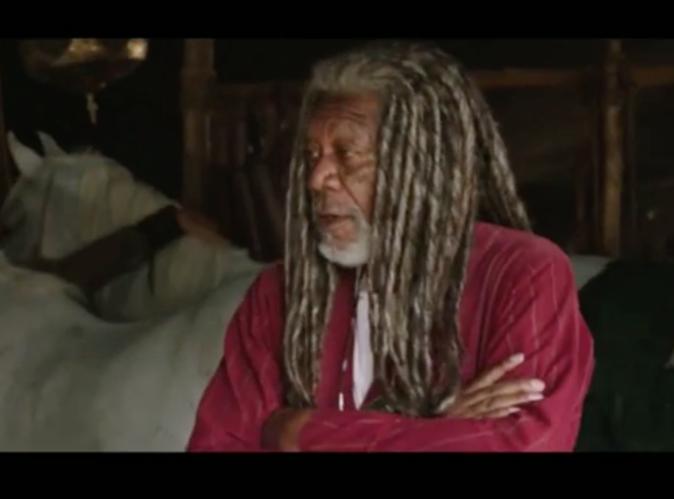Morgan Freeman : Son style avec des dreadlocks fait un tabac!