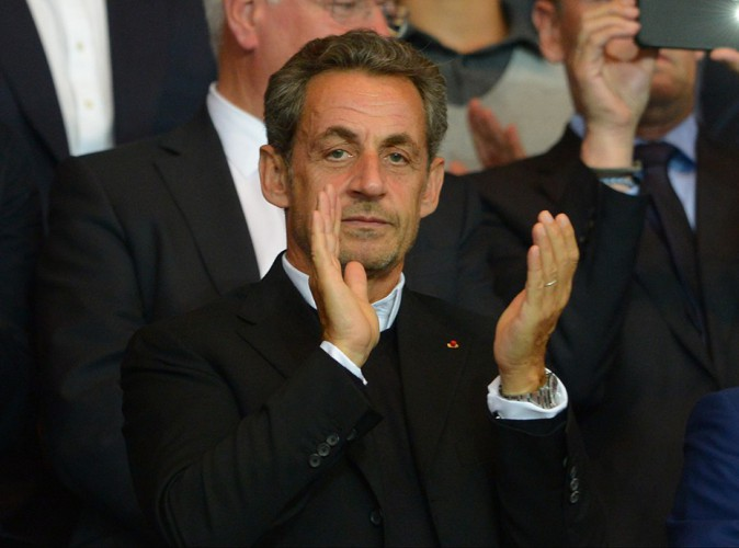 """Nicolas Sarkozy annonce son retour : """"Je suis candidat à la présidence de ma famille politique"""""""