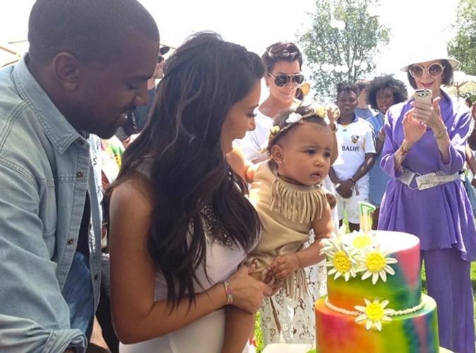 North West : inquiète au moment de souffler sa première bougie dans les bras de Kim Kardashian !