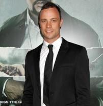 Oscar Pistorius : le sportif Sud-Africain arrêté pour avoir tué sa petite-amie...