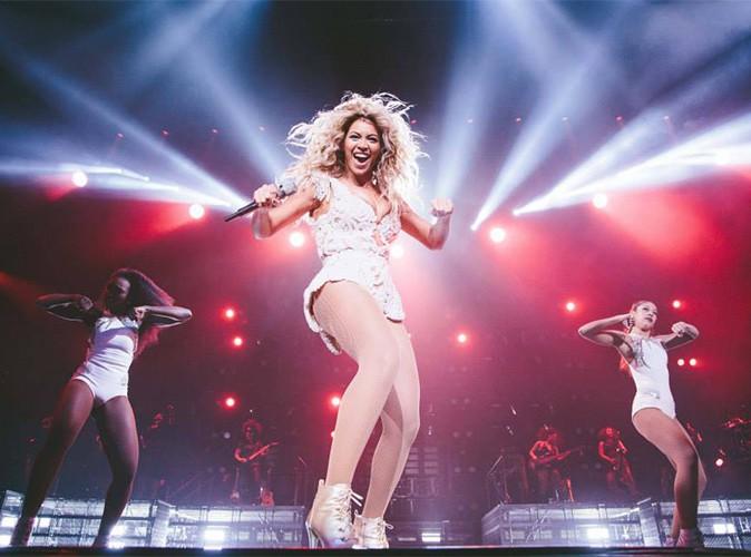 P. Diddy, Lady Gaga, Cher, Demi Lovato, Katy Perry ... Les stars ne parlent plus que du nouvel album de Beyoncé !
