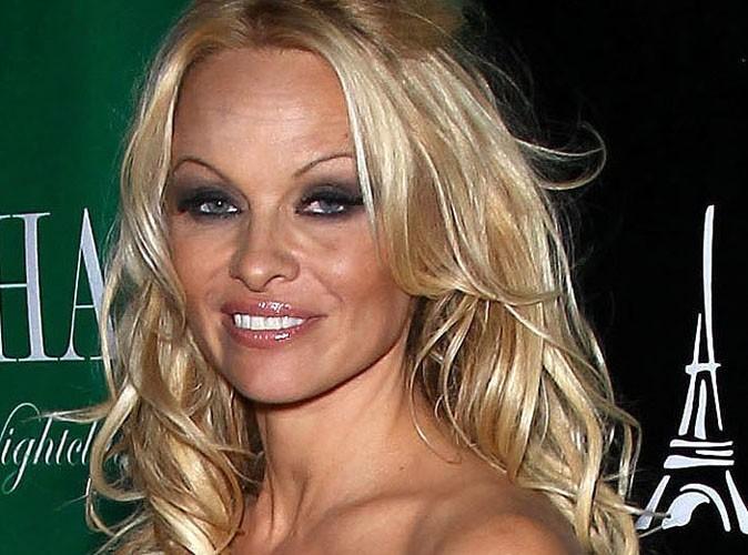 Pamela Anderson : 195 000 dollars de champagne pour son anniversaire !